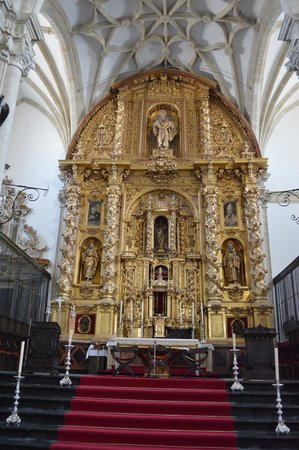 Retablo Mayor, de la Catedral de Baeza. - Picture of Cathedral de Baeza, Baez...
