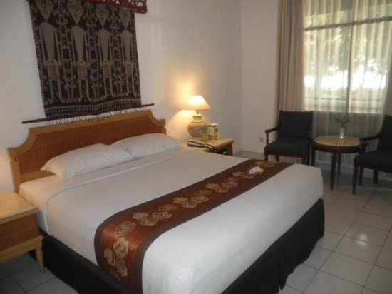 The Jayakarta Lombok, Beach Resort & Spa: Our room
