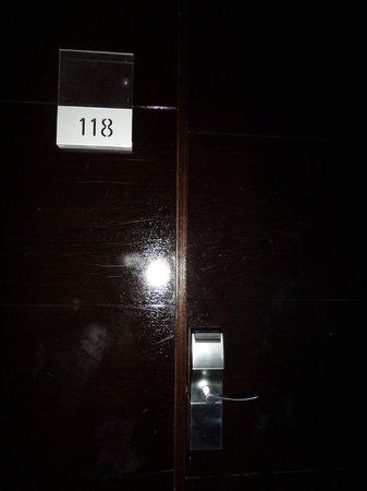 Hotel San Gil : Puerta de la habitación