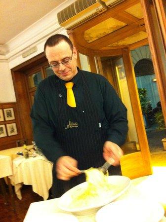 Alfredo Ristorante: l'art de touiller les pâtes !