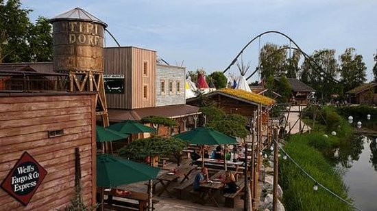 Camp Resort Europa-Park: Restaurants et services