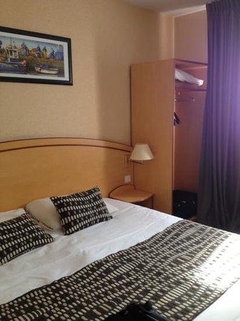 Brit Hotel le Kerodet: camera