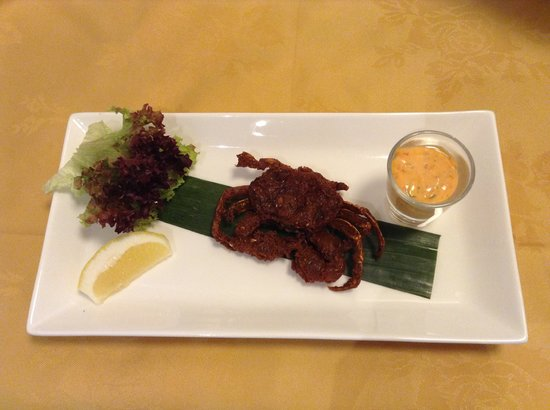 Kurries And Steaks: Soft shell crab marinated with Goan spices,deep fried and served with chilli mayonnaise
