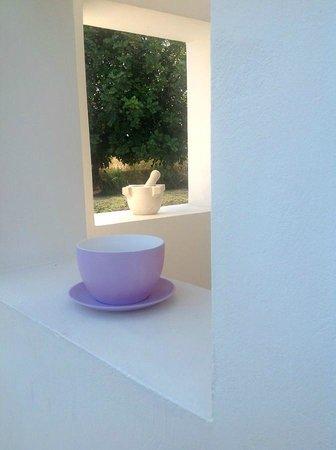 Balarte Hotel : I colori dolci e rilassanti della zona colazione.