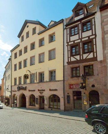 Altstadthof Braeustueberl