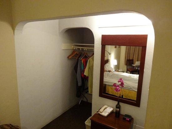 Americas Best Value Inn: Cool alcove
