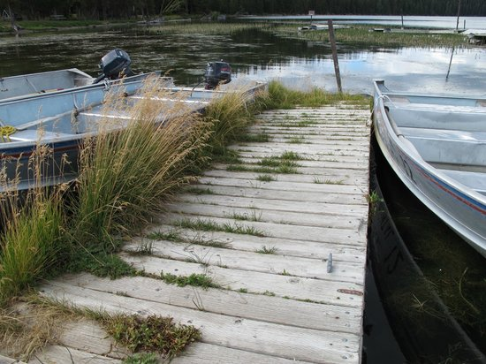 Paulina Lake Lodge: Rental boats!