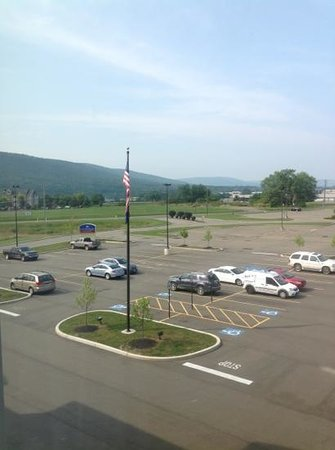Candlewood Suites Elmira Horseheads : view from room