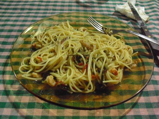 B&B Mare Indaco: spaghetti con gamberi e asparagi selvatici