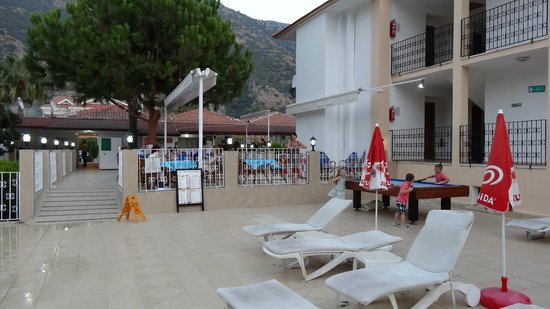 Karbel Beach Hotel: New terrace