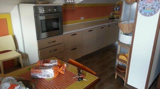 B&B La Giara: Cucina del nostro appartamento