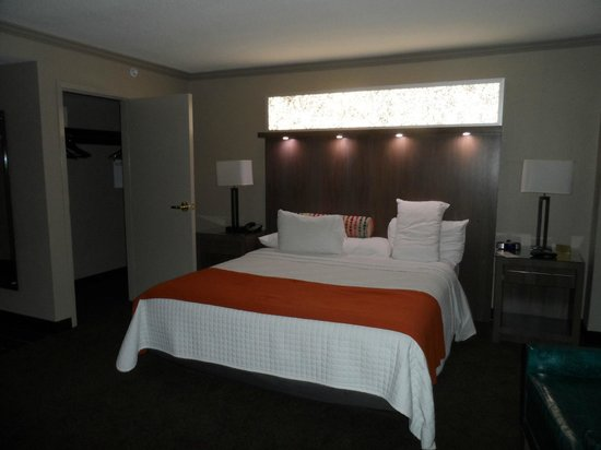 Palace Casino Resort : King deluxe room