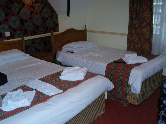 George Hotel: Zimmer