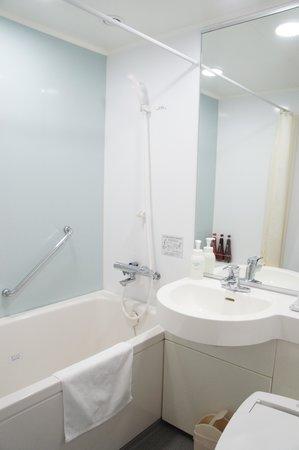 Daiwa Roynet Hotel Yokohama Kannai: バスルーム