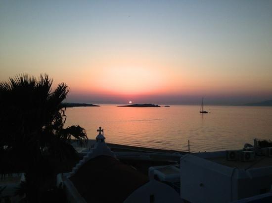 Hotel Mykonos Beach: terrazzo vista tramonto