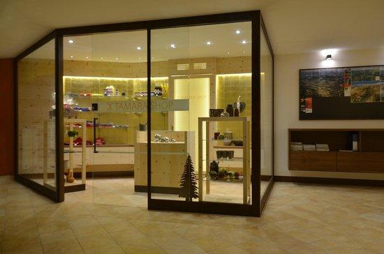 Excelsior Dolomites Life Resort: Tamara Shop