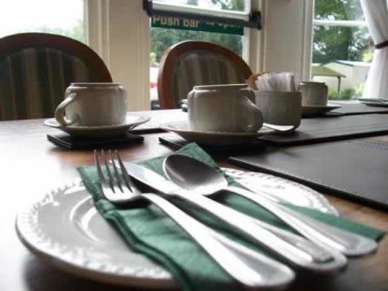 Stirton, UK: Dining