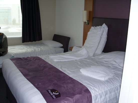 Premier Inn Swansea Waterfront Hotel: Zimmer