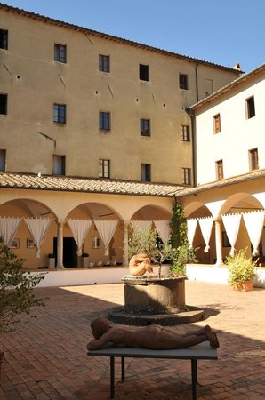 Il Chiostro di Pienza: The cloisters