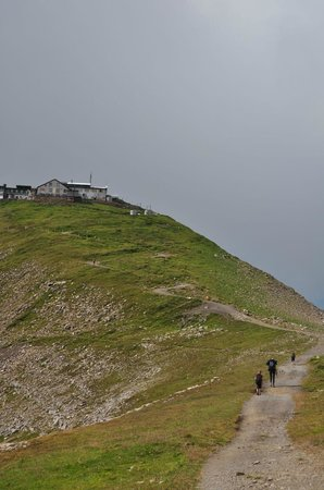 Berghotel Faulhorn: Leaving towards Schynigge Platte
