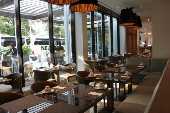Golden Tulip Berlin - Hotel Hamburg: Sala per la colazione