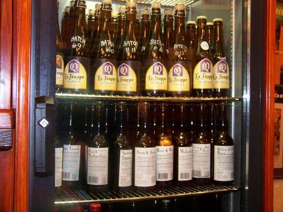 Beer Tasting Room Arendsnest: aged trappist