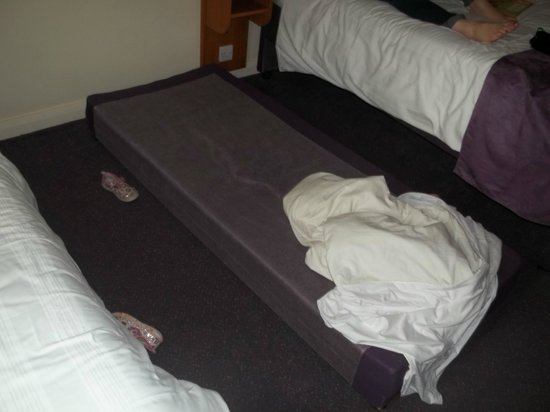 Premier Inn Coleraine Hotel: mattress on floor