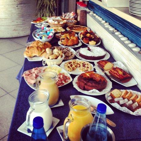 Hotel Corallo : Il buffet della colazione