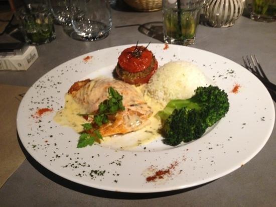 Restaurant la Maison : saumon a l'oseille