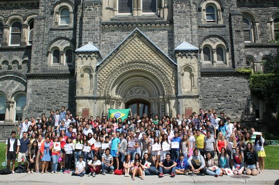 University of Toronto: Summer Camp na UOFT
