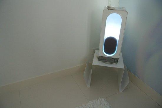 BLC Design Hotel: iPod Wecker