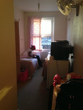 Aquarius Hotel : Double room with twin beds.
