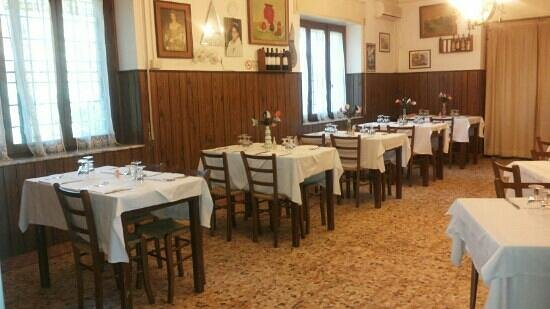 Narni, Italië: sala da pranzo!