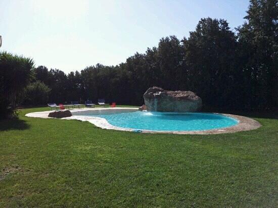 La piscina foto di agriturismo villa gaia cabras - Piscina oristano ...