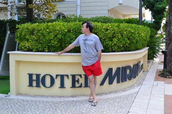 Hotel Miranda: entratra dell'albergo