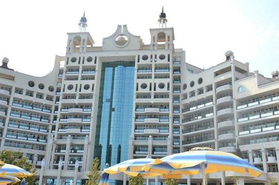 Sunset Resort: Batiment principal Sygma