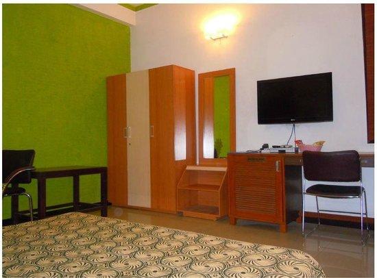 Hotel Dahleez: Rooms