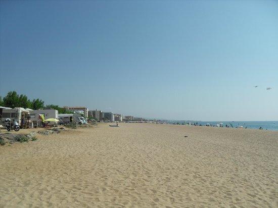 Hotel Riviera : the beach at Santa Susanna