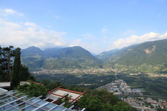 Relais & Chateaux Castel Fragsburg: Un paysage superbe, vue sur Merano