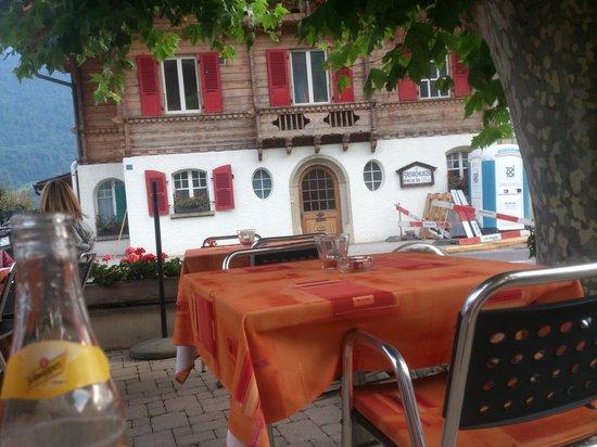Steinbock Hotel Restaurant : Brienz Steinbock Restaurant - sitting on the terrace