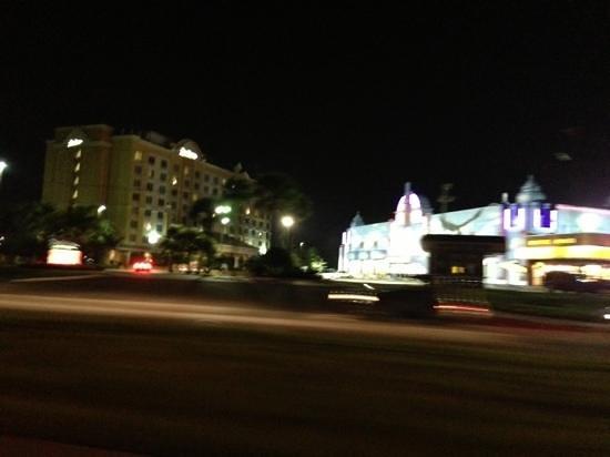 Radisson Hotel Orlando - Lake Buena Vista: street view