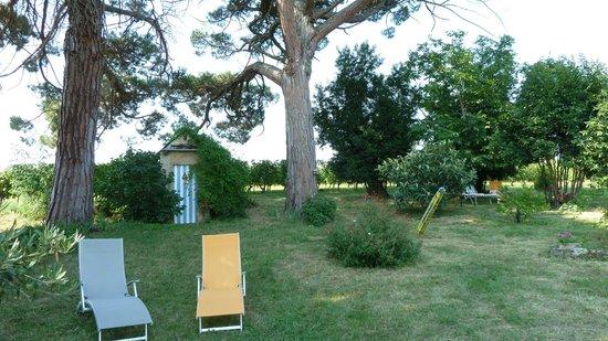Domaine Mongiron: Ein Garten zum Genießen und Entspannen