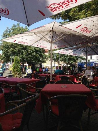 Restaurant La Piazzetta: Blick zur Krämerbrücke
