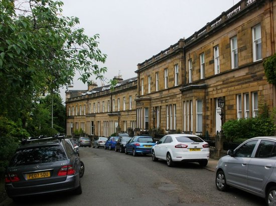 The White House Apartments: Cleveden Crescent