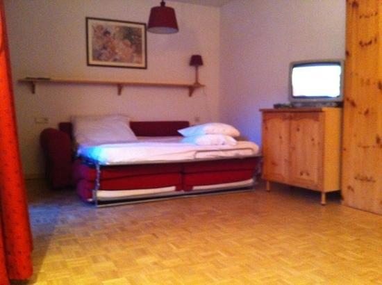 Residenze Sonnenschein : monolocale per 4 persone con 2 divano letto