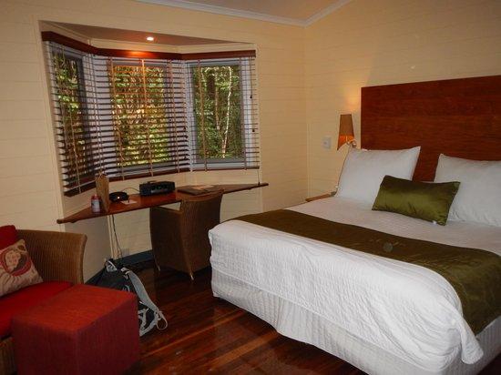 Silky Oaks Lodge: room
