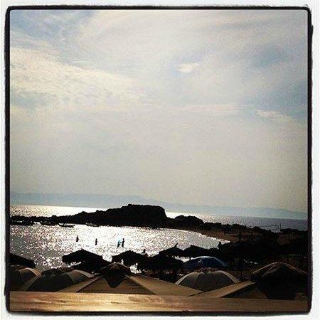 Almira Hotel: όταν ο ήλιος καθρεπτίζεται στην θάλασσα