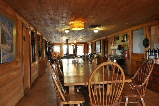 Alpine Creek Lodge: Dining room