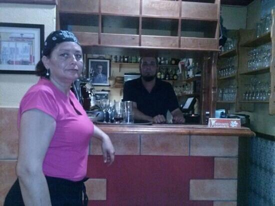 Bar Volapie : mas que una familia