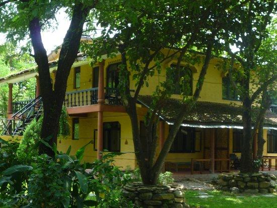 Sapana Village Lodge: ...and a luxury lodge!